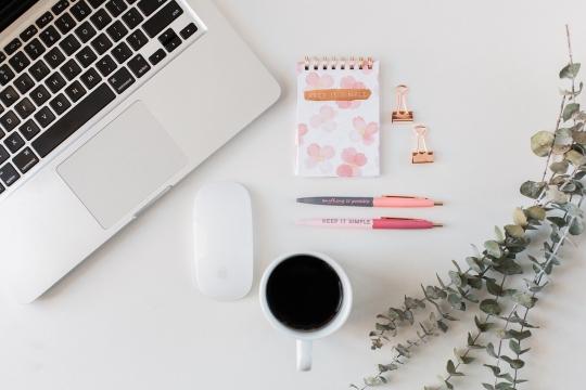 Ženský cyklus v práci: Ako ho využiť vo svoj prospech? image